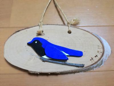 鳥をモチーフにした壁飾り
