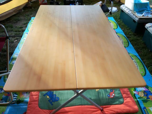 キャンプ用テーブル。ワンアクションテーブルロング竹。