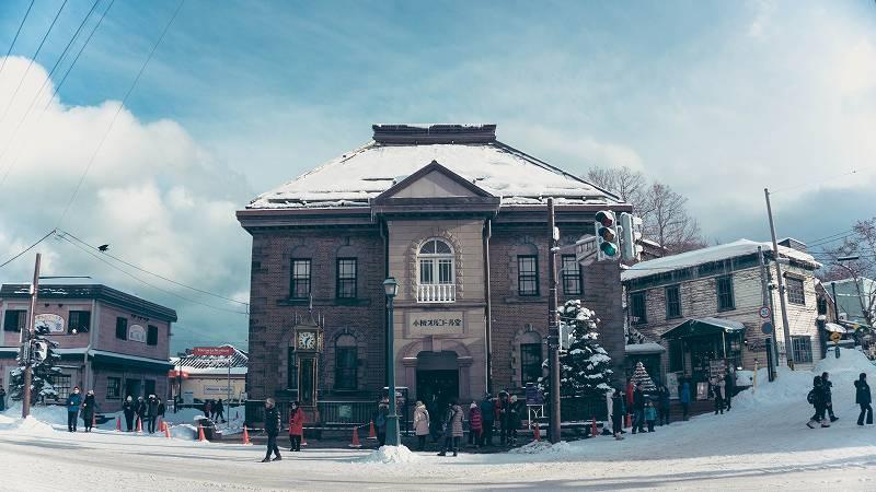 冬の北海道の家