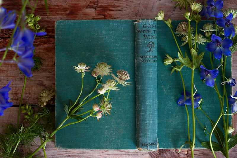 本と野の花